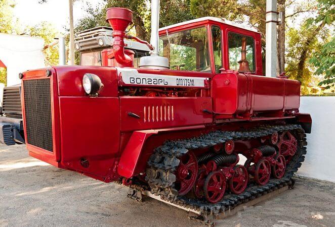 Трактор ДТ-175М