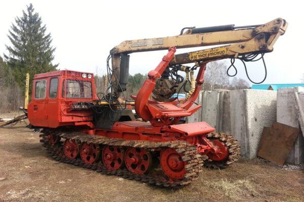Трактор ТБ-1