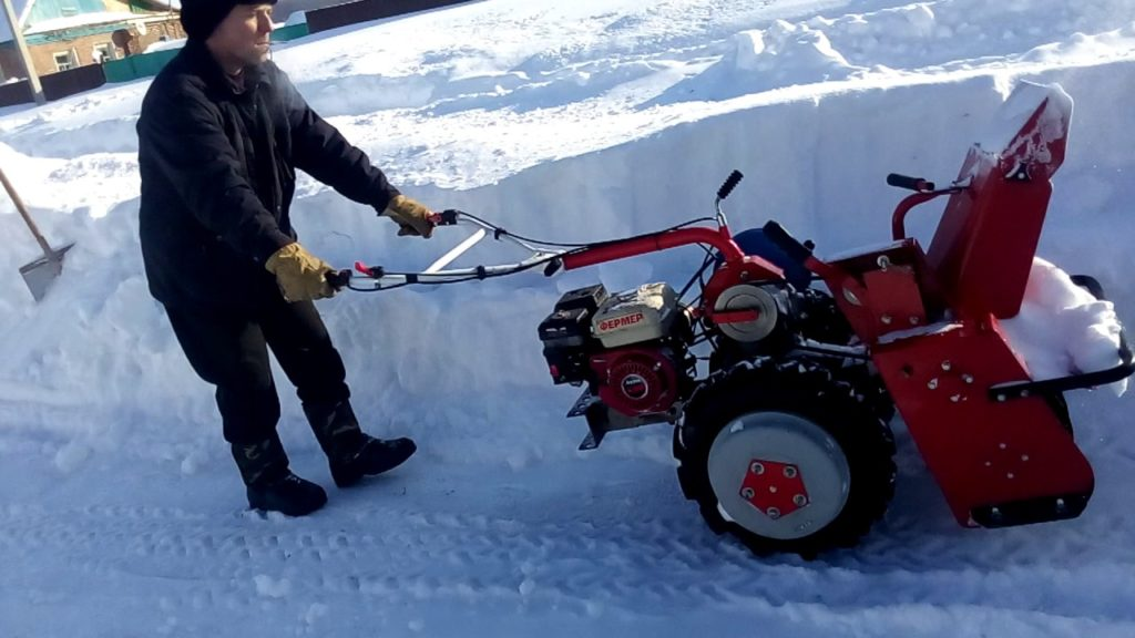 Снегоуборочная приставка ЗиД СМ-1