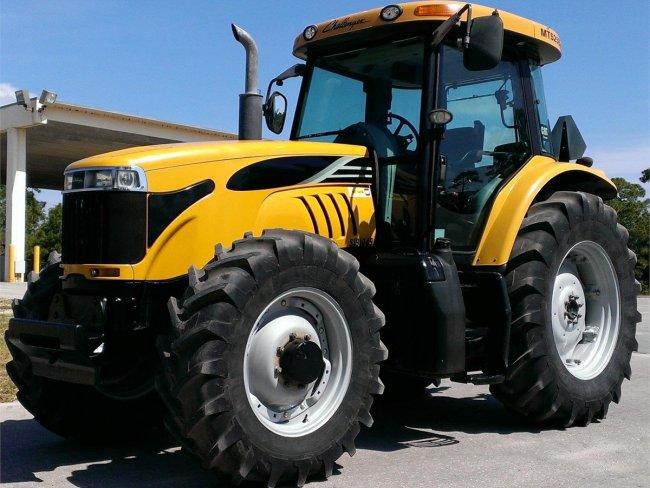 Трактор Challenger MT525B